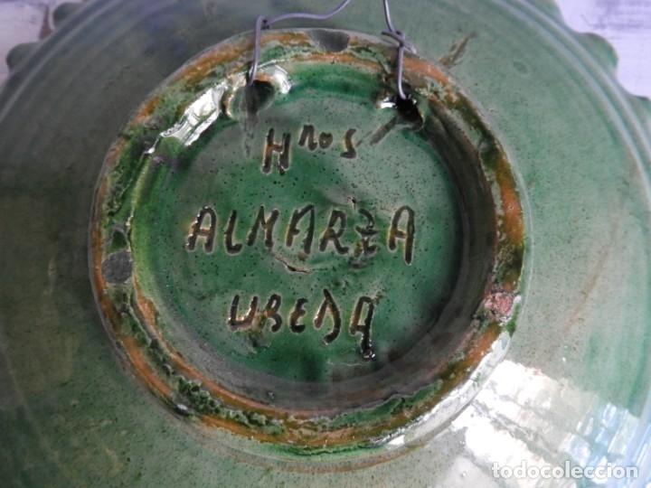 Antigüedades: PLATO DE CERAMICA DE HERMANOS ALMARZA DE UBEDA - Foto 6 - 175357164