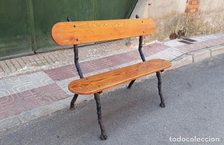 Antigüedades: Banco de madera y hierro forjado antiguo. Banco antiguo de terraza jardín vintage. - Foto 3 - 175368110