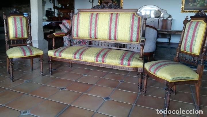 Antigüedades: Sofá tresillo y dos sillas - Foto 2 - 175391118
