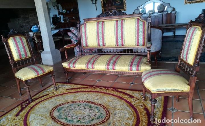 Antigüedades: Sofá tresillo y dos sillas - Foto 3 - 175391118