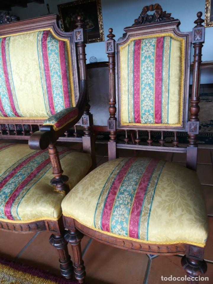 Antigüedades: Sofá tresillo y dos sillas - Foto 5 - 175391118