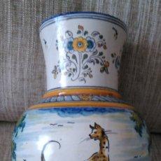 Antigüedades: ANTIGUO JARRÓN DE CERAMICA DE TALAVERA. ALFAR DE RUIZ DE LUNA. Lote 175414384