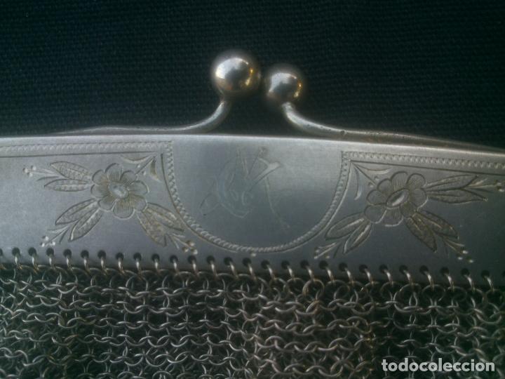 Antigüedades: ANTIGUO BOLSO DE MALLA DE PLATA , 17X16 CM.- 35 CM. CONTANDO LA CADENA , BOCA TRABAJADA - Foto 2 - 175445152