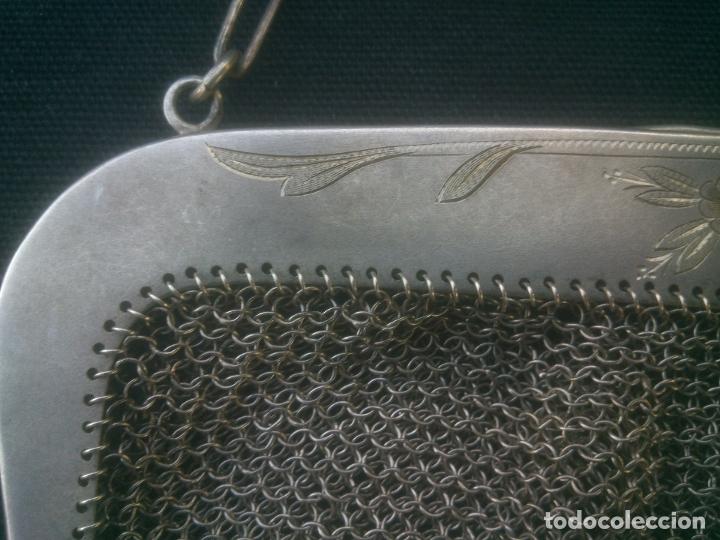 Antigüedades: ANTIGUO BOLSO DE MALLA DE PLATA , 17X16 CM.- 35 CM. CONTANDO LA CADENA , BOCA TRABAJADA - Foto 3 - 175445152