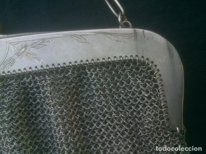 Antigüedades: ANTIGUO BOLSO DE MALLA DE PLATA , 17X16 CM.- 35 CM. CONTANDO LA CADENA , BOCA TRABAJADA - Foto 4 - 175445152