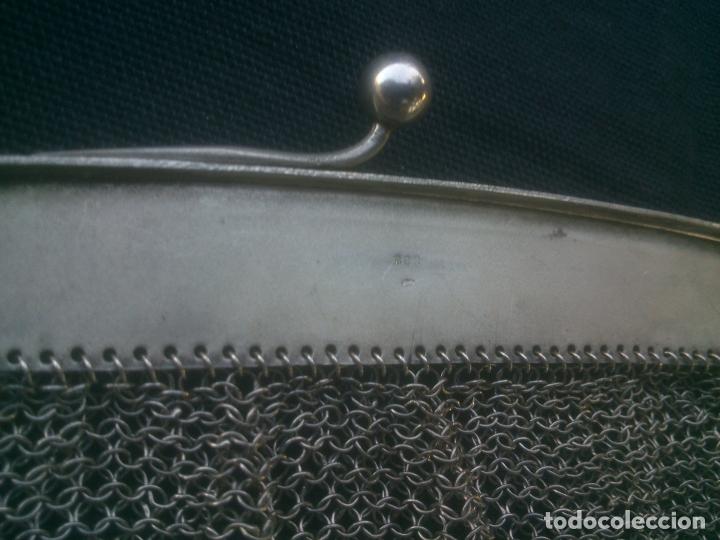 Antigüedades: ANTIGUO BOLSO DE MALLA DE PLATA , 17X16 CM.- 35 CM. CONTANDO LA CADENA , BOCA TRABAJADA - Foto 11 - 175445152