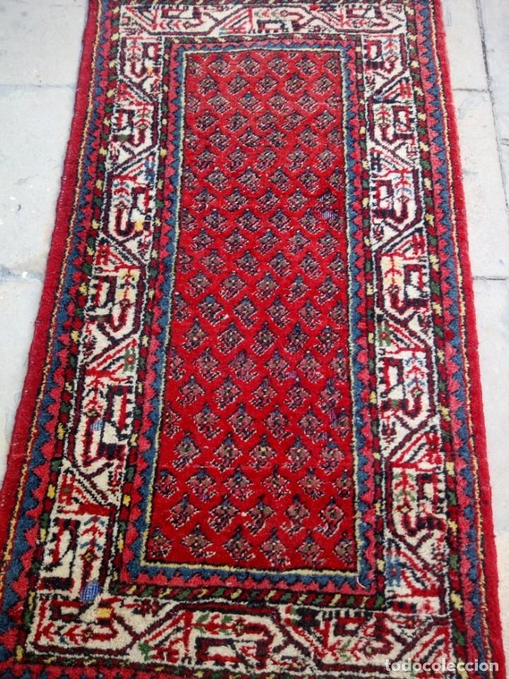 Antigüedades: Antigua alfombra persa DE LANA PURA HECHA AMANO,en tonos rojos azules y blancos - Foto 2 - 175454802