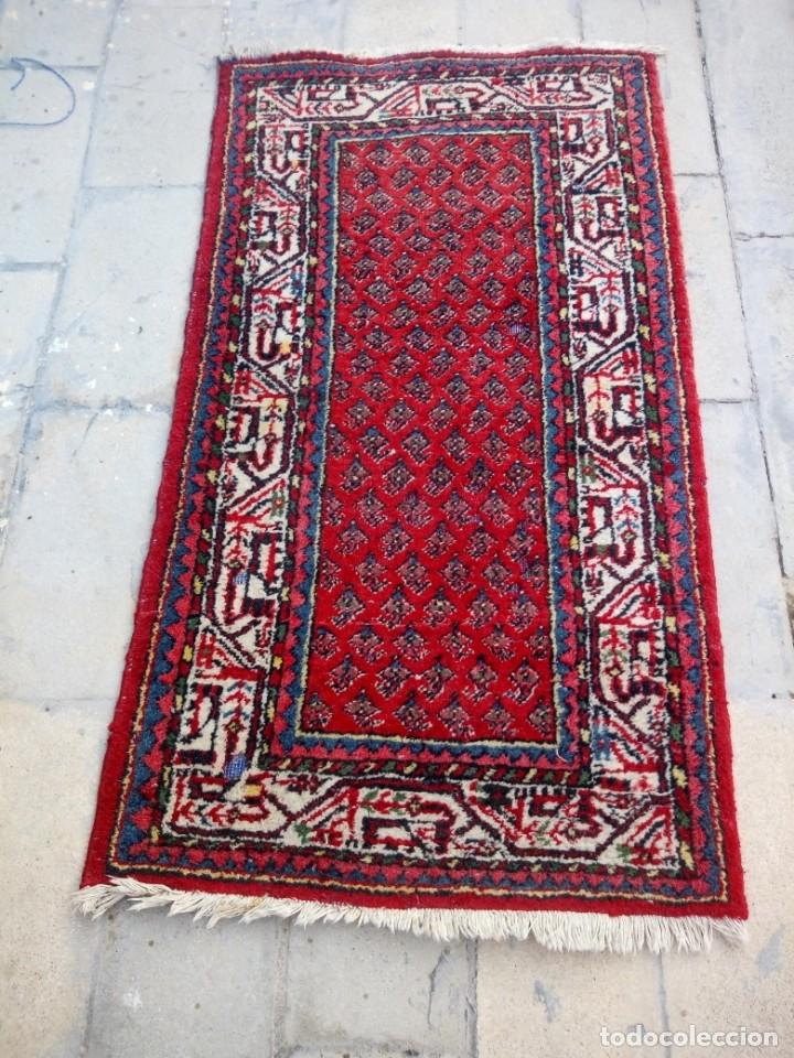 Antigüedades: Antigua alfombra persa DE LANA PURA HECHA AMANO,en tonos rojos azules y blancos - Foto 3 - 175454802