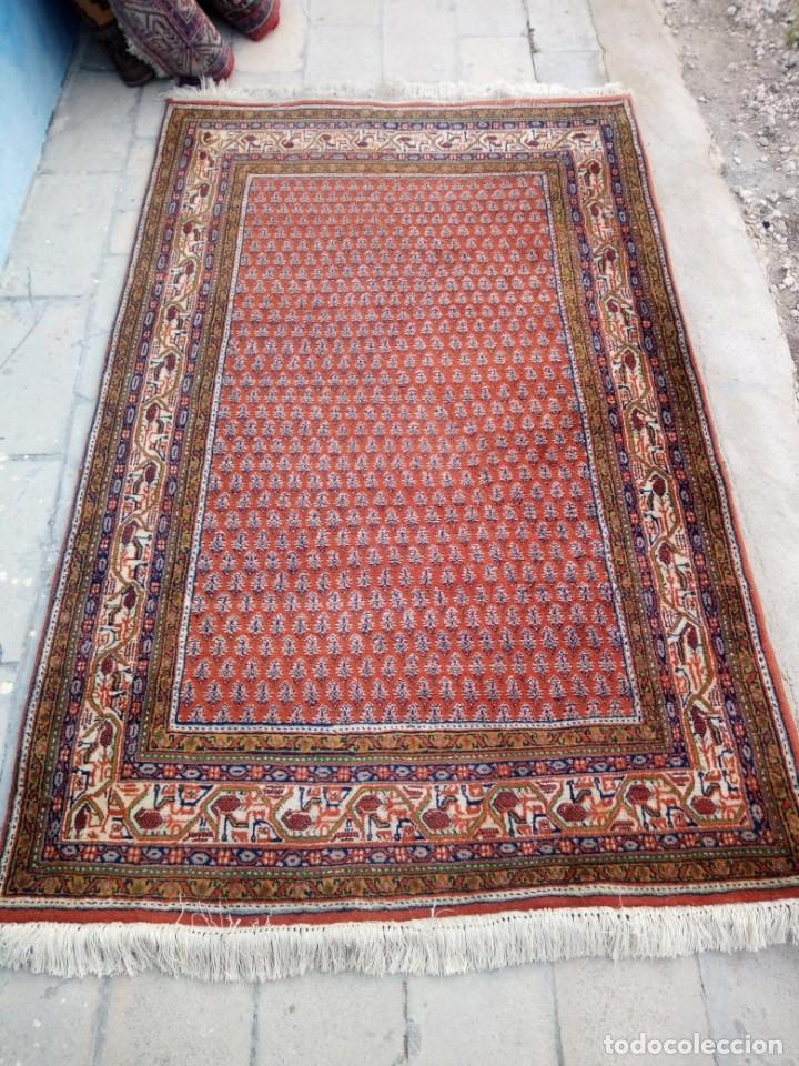 Antigüedades: Antigua alfombra persa,de lana hecha a mano en tonos rojos y dorados - Foto 2 - 175455599