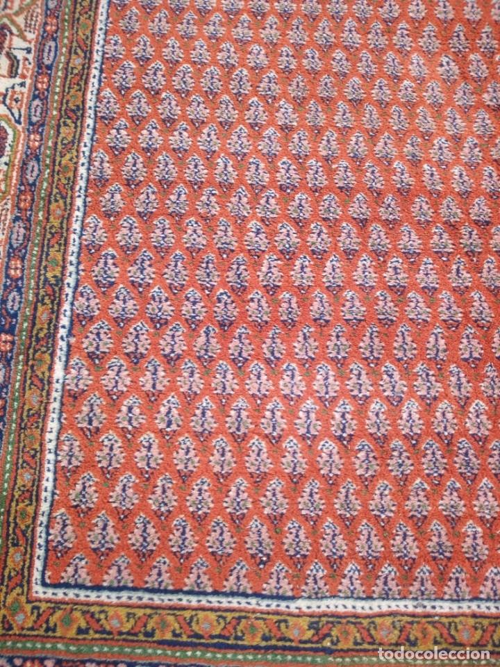 Antigüedades: Antigua alfombra persa,de lana hecha a mano en tonos rojos y dorados - Foto 5 - 175455599