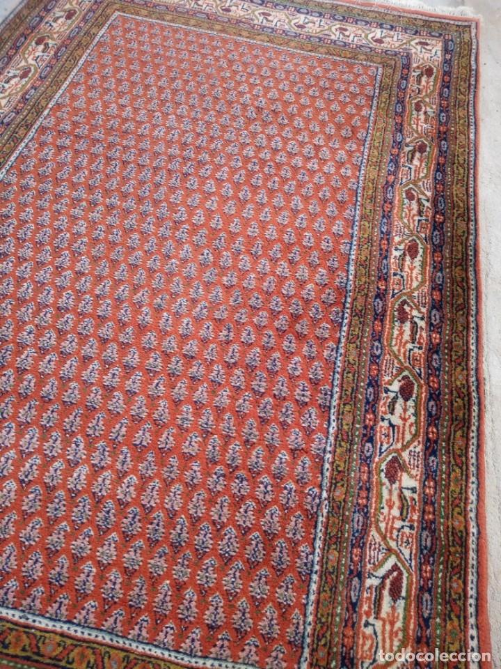 Antigüedades: Antigua alfombra persa,de lana hecha a mano en tonos rojos y dorados - Foto 7 - 175455599
