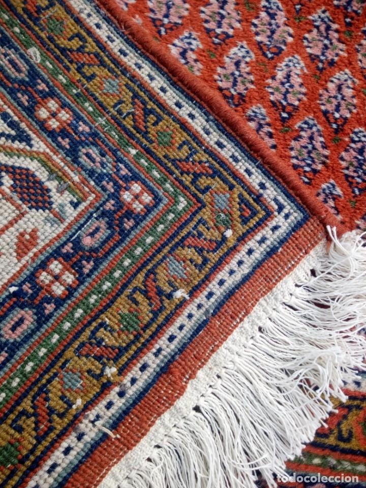 Antigüedades: Antigua alfombra persa,de lana hecha a mano en tonos rojos y dorados - Foto 9 - 175455599