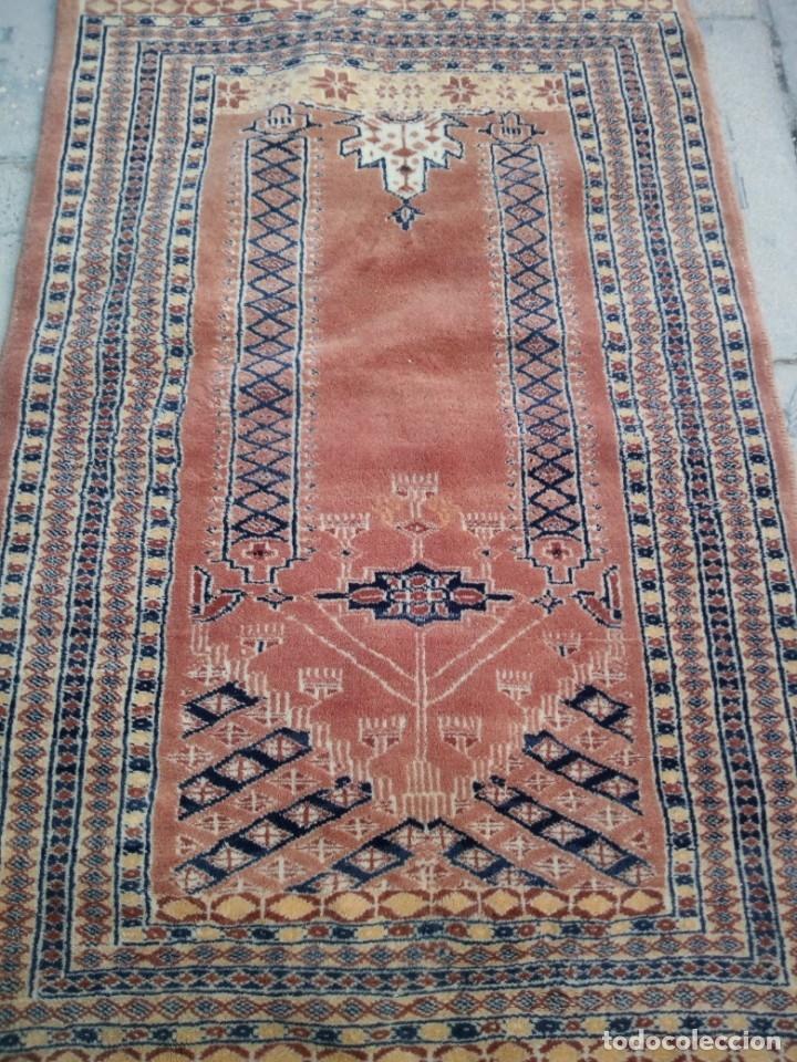 Antigüedades: Antigua alfombra persa de lana pura hecha a mano,en tonos salmón y azules,alfombra fina - Foto 3 - 175457542
