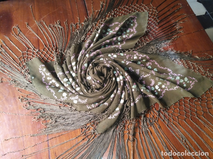 Antigüedades: manton mantoncillo pintado a mano con flecos - Foto 8 - 175457935