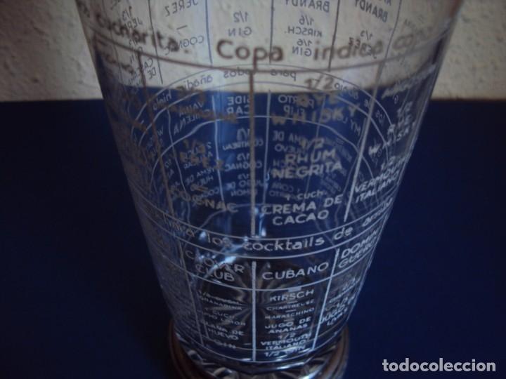 Antigüedades: (ANT-190908)COCTELERA DE CRISTAL SOPLADO. TAPA Y BASE DE PLATA. CIRCA 1950 - Foto 5 - 175500569