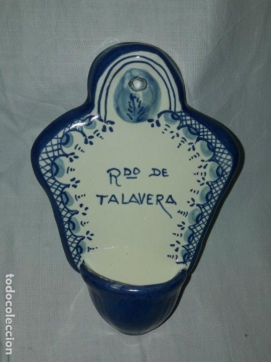 Antigüedades: Preciosa benditera cerámica Bermejo Talavera - Foto 2 - 175553478