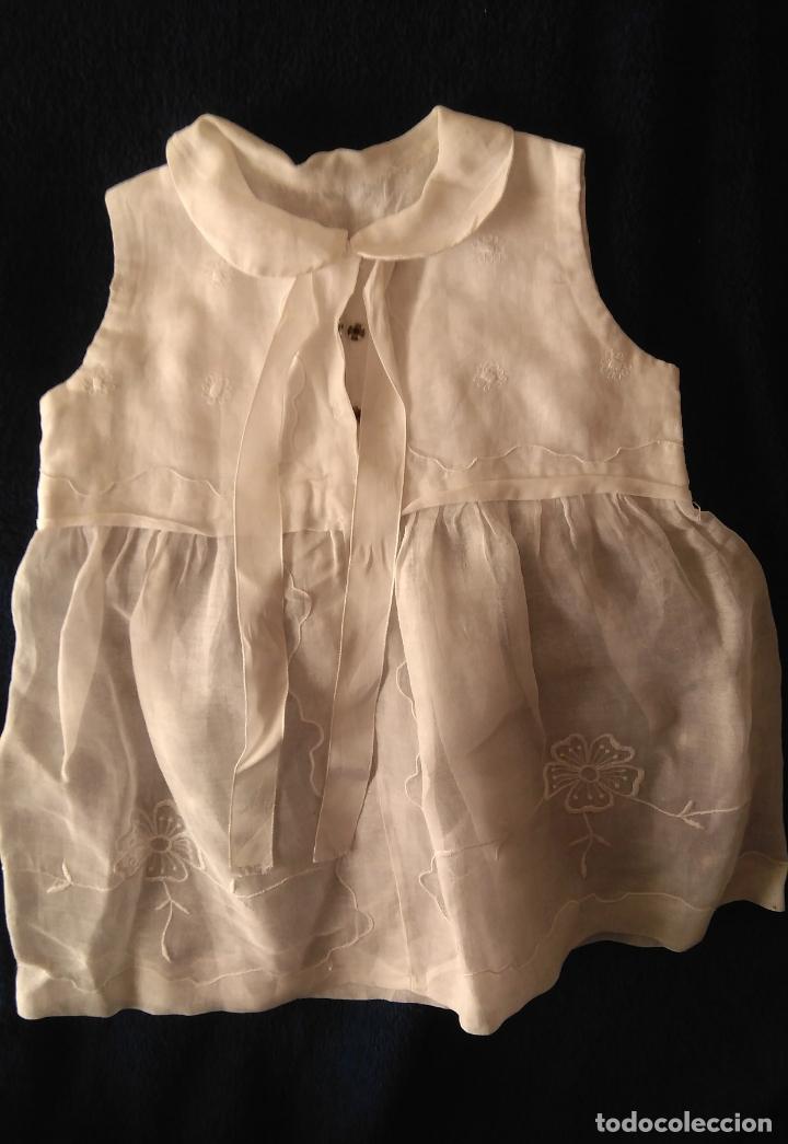 Antigüedades: Vestido infantil´organdí bordados y cinta hechura modista - h, 1930-50 - Foto 4 - 175553899