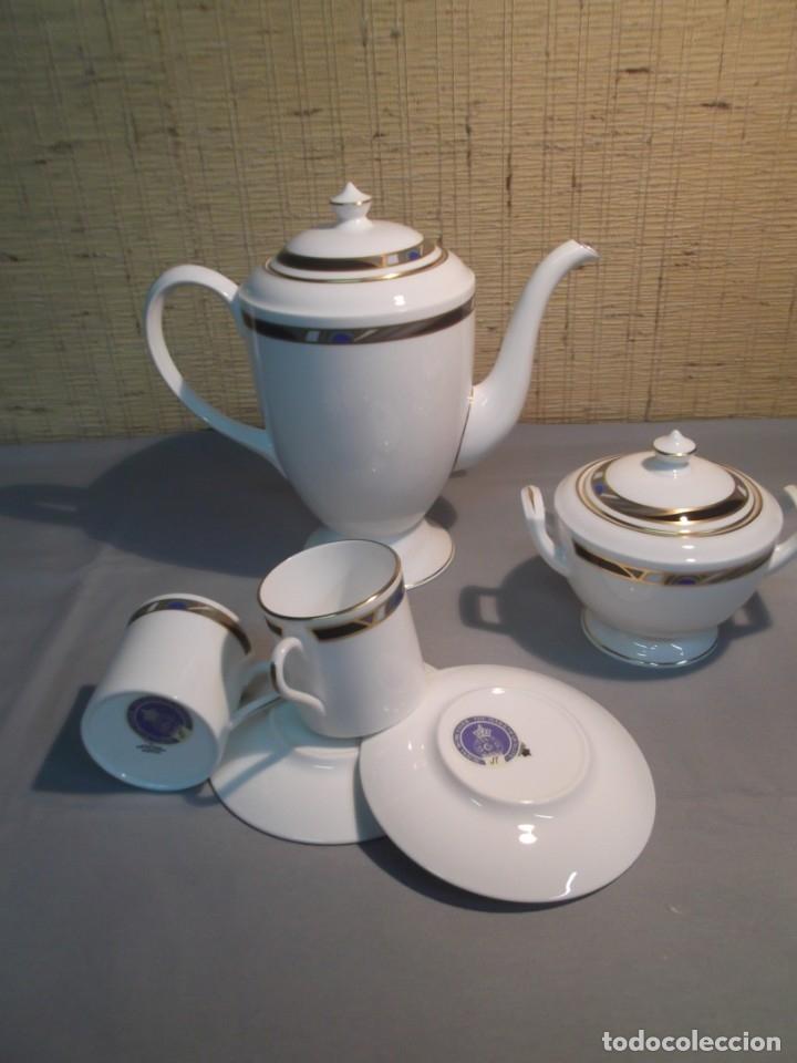 Antigüedades: Vajilla y juego de café inglesa.Firmada: Raffles.Royal Worcester 1984,Fine Bone China - Foto 4 - 175572604