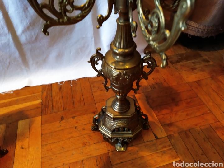 Antigüedades: PAREJA DE CANDELABROS DE BRONCE DE CINCO VELAS, ÚNICOS, VER - Foto 3 - 175585909