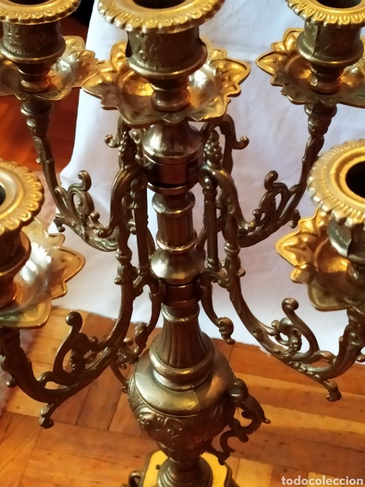 Antigüedades: PAREJA DE CANDELABROS DE BRONCE DE CINCO VELAS, ÚNICOS, VER - Foto 21 - 175585909
