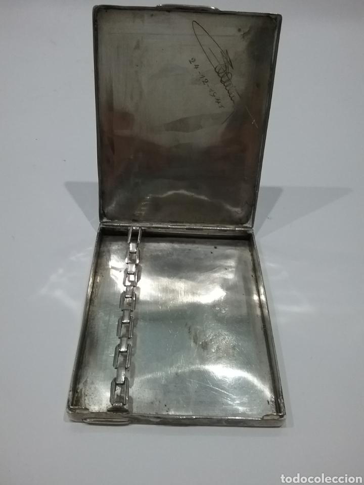 Antigüedades: Pitillera en plata y grabada por dentro.Peso 105 gr.108 - Foto 3 - 175625580