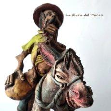 Antigüedades: MÚSICO MONTADO EN UN BURRO - FIGURA DE BARRO. Lote 175657408