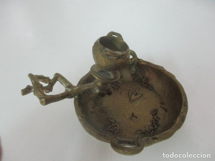 Antigüedades: Bandeja, Quemador. Incensario - Candelabro - Bronce Cincelado - Motivos Orientales - Foto 3 - 175683993