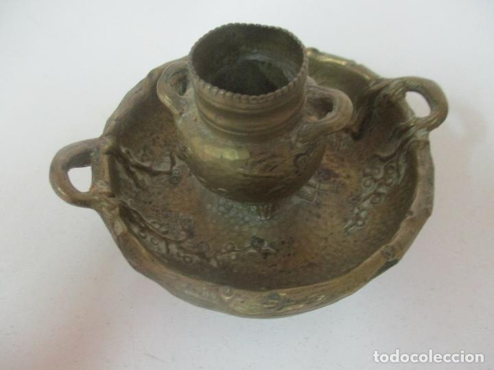 Antigüedades: Bandeja, Quemador. Incensario - Candelabro - Bronce Cincelado - Motivos Orientales - Foto 11 - 175683993