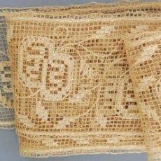 Antigüedades: ANTIGUO ENCAJE FINO BORDADO CON HILO DE SEDA PPIO. S.XX. Lote 175688644