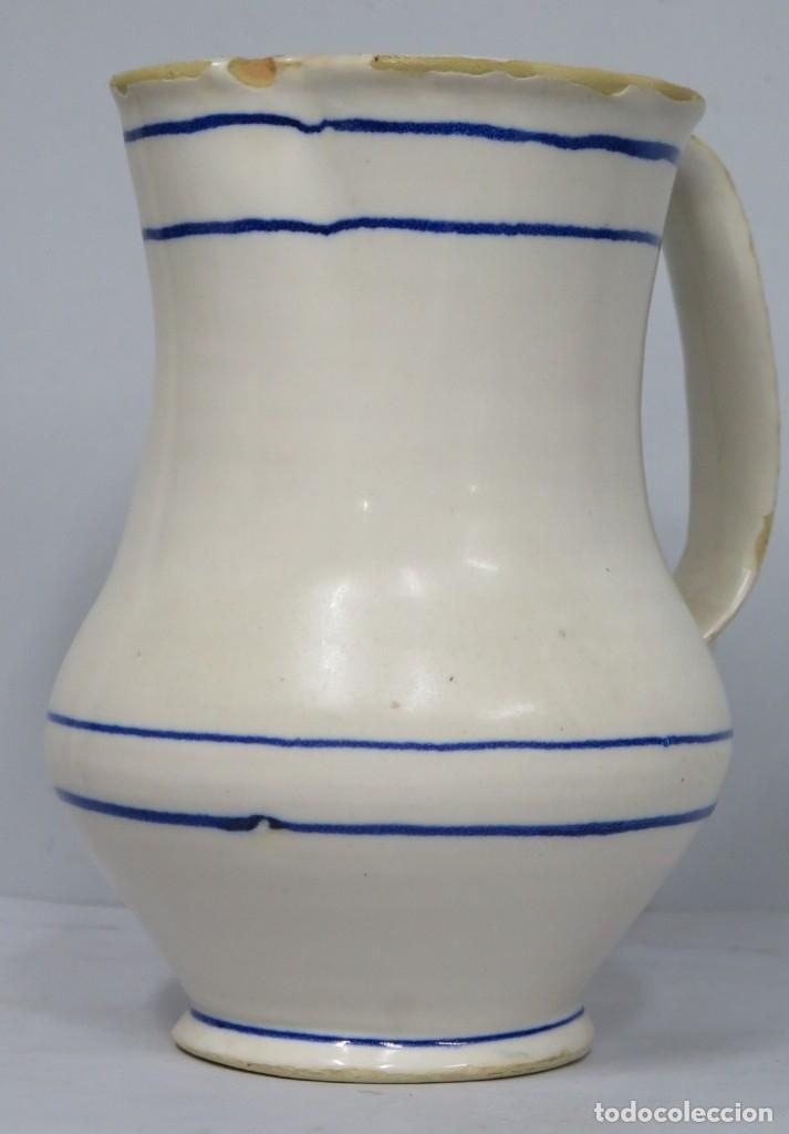 ANTIGUA JARRA DE CERAMICA. MANISES. SIGLO XIX. FIRMADA EN LA BASE (Antigüedades - Porcelanas y Cerámicas - Manises)
