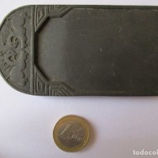 Antigüedades: TINTERO CHINO - TALLADO EN PIEDRA NEGRA 10 X 5,5 CM.. Lote 175732928