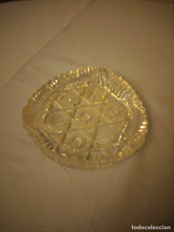 Antigüedades: Precioso cenicero de cristal de bohemia tallado. república checa - Foto 2 - 175737484