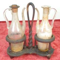 Antigüedades: CONVOY DE ACEITE Y VINAGRE. MADERA Y CRISTAL SOPLADO. SIGLO XIX.. Lote 175751394