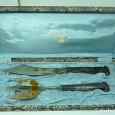 Antigüedades: CUBIERTOS MANGO DE PLATA. Lote 175773834