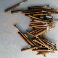 Antigüedades: 60 PALOS DE BOLILLOS DE MADERA. Lote 175780019
