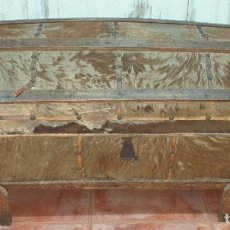 Antigüedades: ANTIGUO BAÚL SIGLO XIX. Lote 175790712
