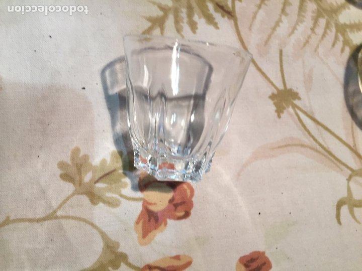 Antigüedades: Antiguas 4 vaso / vasos de licor o chupito de cristal prensado años 50-60 - Foto 6 - 175793225