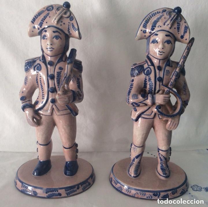 Antigüedades: Figuras de cerámica posiblemente DELF,representando Oficiales ,Militares, - Foto 5 - 175798708