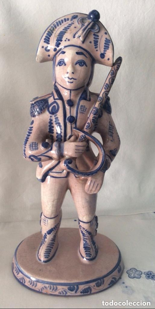 Antigüedades: Figuras de cerámica posiblemente DELF,representando Oficiales ,Militares, - Foto 6 - 175798708