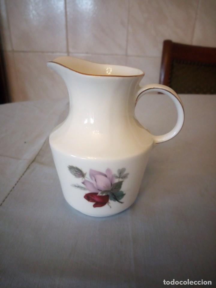Antigüedades: Bonita lechera de porcelana pmr bavaria JAEGER & CO germany,1949 - Foto 2 - 175805570