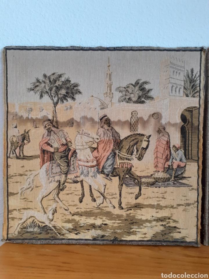 Antigüedades: Dos magníficos antiguos tapices. Motivos moriscos. 51 X 51 cms - Foto 2 - 175824997