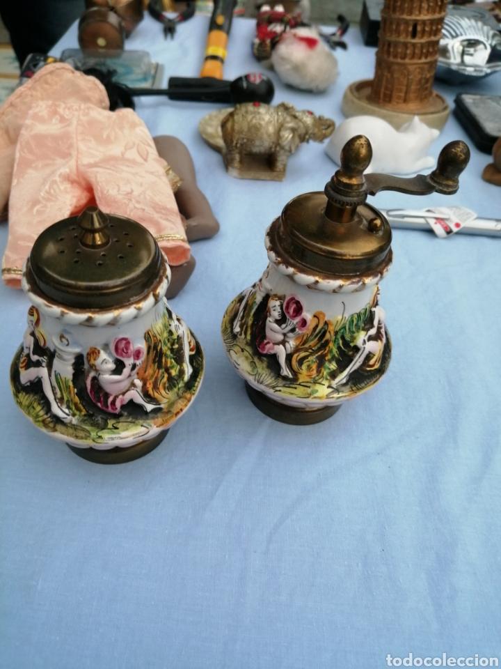 Antigüedades: Salero pimentero molinillo porcelana de Capodimonte. - Foto 2 - 175842327