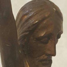 Antigüedades: TALLA CRISTO CRUCIFICADO MADERA SIGLO XVII-XVIII. MEDIDAS: CABEZA A PIES 32CM.. Lote 175844389