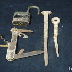 Antigüedades: LOTE DE ANTIGUOS CLAVOS. Lote 175908694