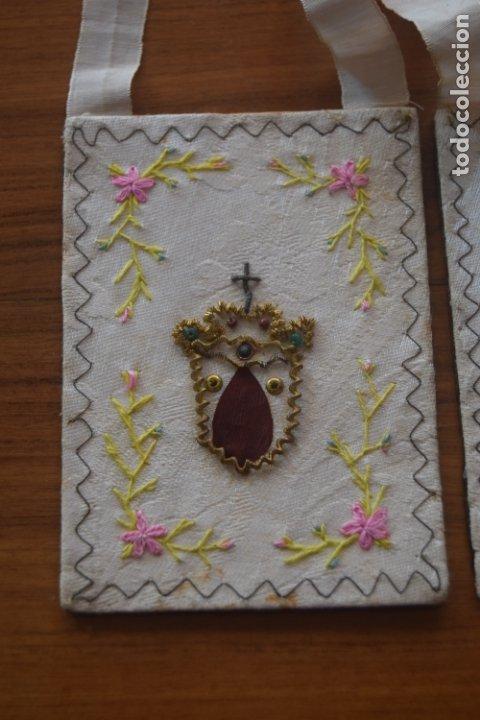 Antigüedades: escapulario del carmen bordado - Foto 2 - 175941349