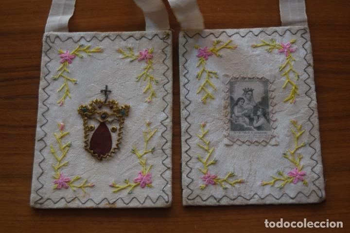 ESCAPULARIO DEL CARMEN BORDADO (Antigüedades - Religiosas - Escapularios Antiguos)