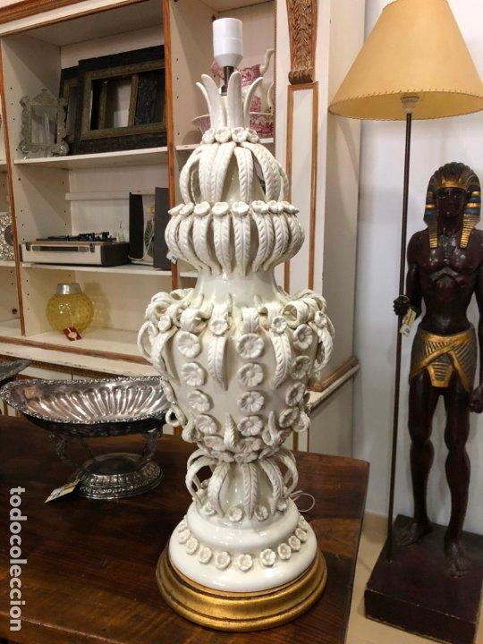 FANTASTICA LAMPARA DE MESA CERAMICA MANISES XXL - MEDIDA 72 CM (Antigüedades - Porcelanas y Cerámicas - Manises)