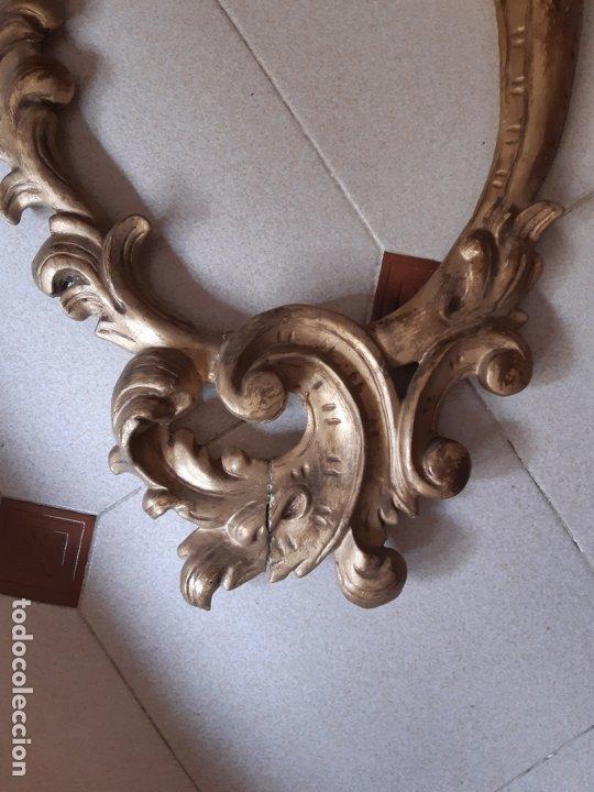 Antigüedades: MARCO ANTIGUO OVAL EN MADERA TALLADA. 84 x 44 CMS. - Foto 2 - 176003295