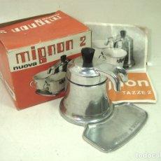 Antigüedades: MIGNON 2 ITALY 1979 - ANTIGUA CAFETERA DE ALUMINIO DOS TAZAS+ CAJA INSTRUCCIONES BREVETTI BIALETTI . Lote 176015075
