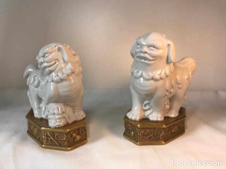 Antigüedades: Figuras Porcelana-España- Algora - Dos Perros Foo - Foto 4 - 176054885